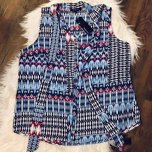Relativity sleeveless blouse New With Tags